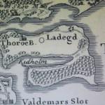 Gamle kort over Thurø ligger til gennemsyn på Arkivet - få udvalgte kort sælges.
